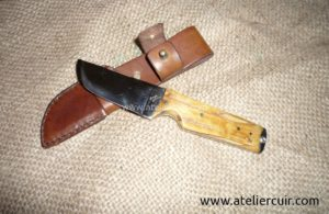 etuis pour couteaux droit Nicolas Genamez en cuir