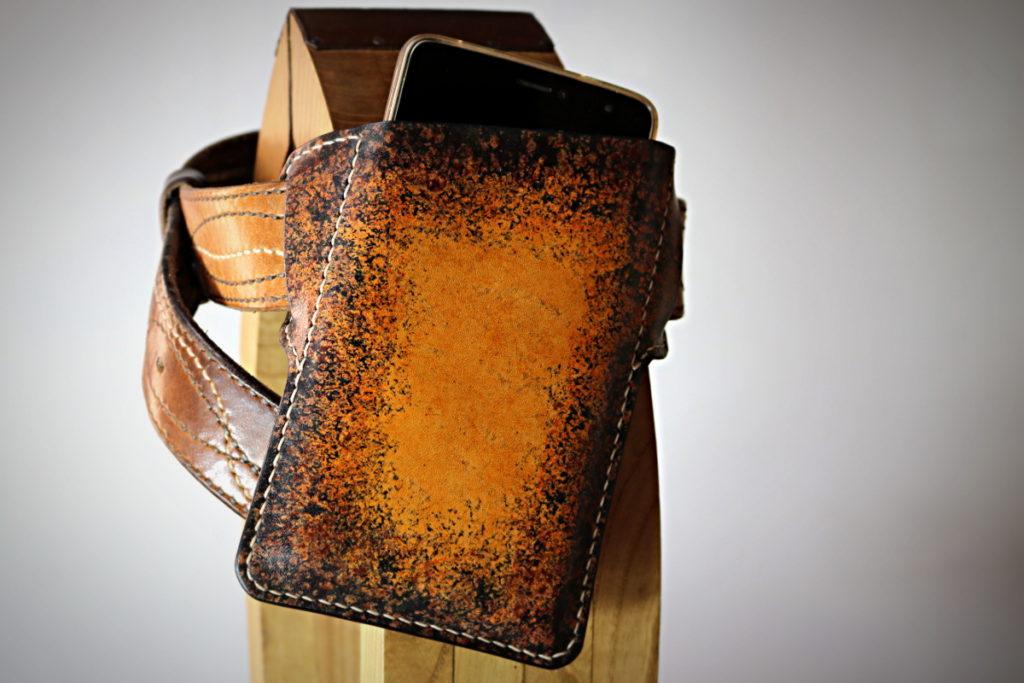 Etui de ceinture en cuir pour smartphone et iphone XS XR - tithouan pour ateliercuir.com