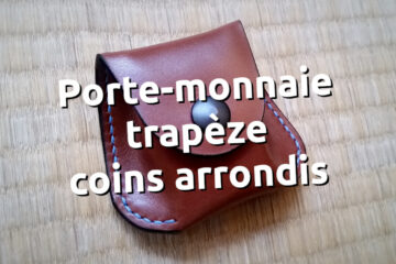 Un porte monnaie aux coins arrondis en cuir, couture main au point sellier - tithouan pour ateliercuir.com