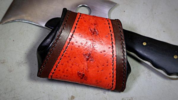 Porte monnaie en cuir de poisson ictyos couture point sellier - tithouan pour ateliercuir.com